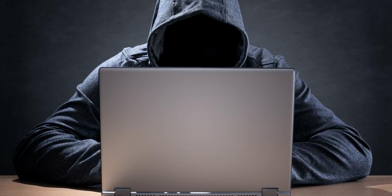 バックドア型、スパイウェア......。パソコンを狙ったネット犯罪に要 ...